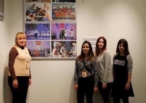 Студенты ПГЛУ на открытии международной фотовыставки «Я так живу» в Эрмитаже